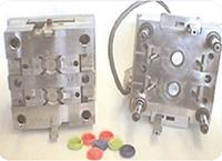 cleaning plastic injection moulds