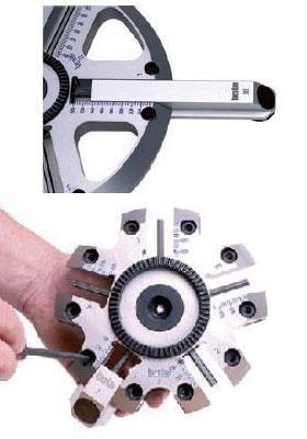 telescopically adjustable radial arms